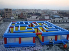 Large Inflatable Labyrinth Maze