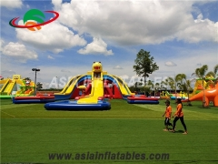 Animals Style Giant Inflatable Triangle Water Slide With Pool